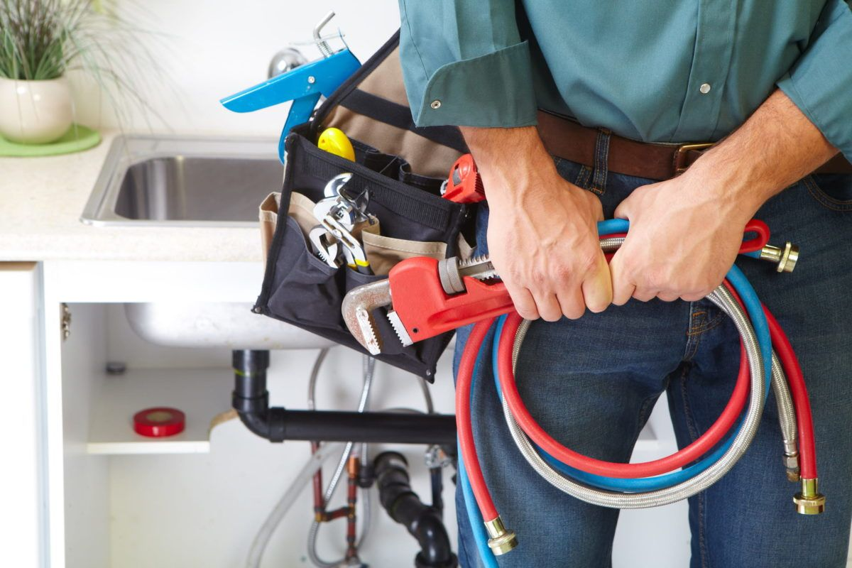 5 Advantages of a Licensed Plumber | Hesperia Plumber